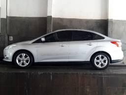 Focus sedan 2.0 automatico 13/14