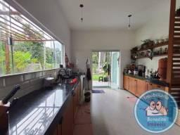 Vendo casa com terreno amplo em Porto Seguro
