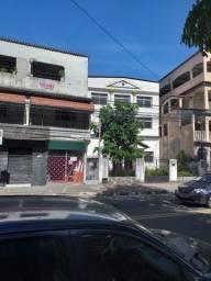 Vendo prédio com 3 andares em Vitória, ES, na Av. Marechal Campos.  R$ 300 mil.