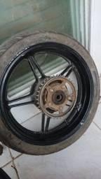 Roda cb 300
