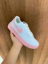 Tênis Nike Air Force One