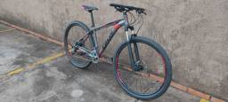 MTB Caloi aro 29, quadro 17 bike nova sem detalhes.