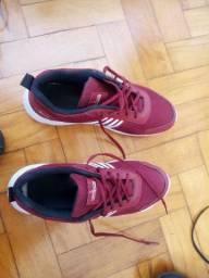 Vendo 2 tênis Lorenzzo Lopez Por 50 reais os dois!!!