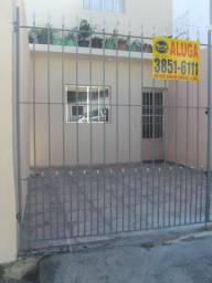 Casa com 02 dormitórios e garagem R$ 1.400,00