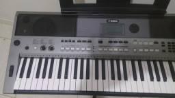 Teclado Yamaha psr e443 (marilia)