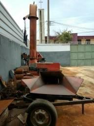 Ensiladeira Nogueira 6800