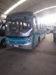 Ônibus Mercedes ano 2008 - 46 lugares