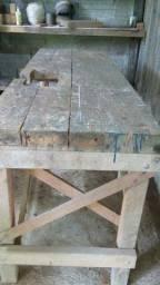 Mesa / Bancada de trabalho para ferramentas