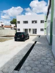 Privê em Igarassu - 2 Quartos - Rua calçada