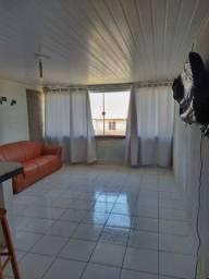 Apartamento com wi-fi a 430m da Barraca Carlitus com 2 quartos.