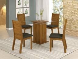 Mesa com tampo de vidro e 4 cadeiras Cintia - Frete grátis / Peça e receba hoje