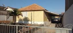 Título do anúncio: Casa com terreno no centro - Adamantina