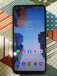 Motorola One Macro 64GB - Usado