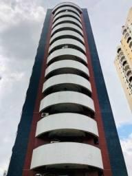 Vendo lindo apartamento no Marco com 200m², 4 suítes, 2 vagas