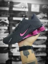 Tênis Nike Shox Feminino preto e rosa n°35