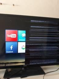 Vendo uma TV Philco smart funcionando só a metade