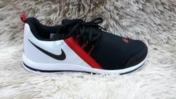 Tênis Nike (( Novo )) -- 3 Cores Disponíveis