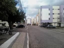 Apartamento na avenida joão Durval