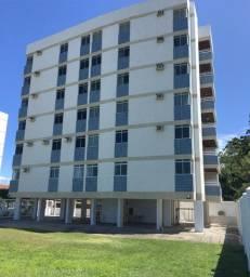 Apartamento com 4 quartos, na beira mar, todo mobiliado e com armários em Conceição