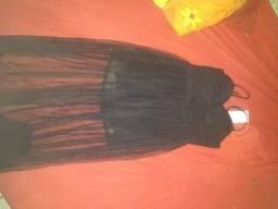 Vendo novo pra hoje 2 vestidos