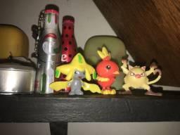 Pokemon brinquedos 6$