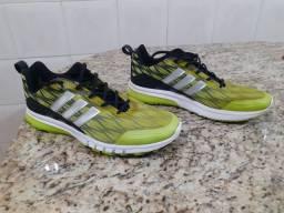 Tênis Adidas Skyrocket