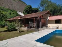 Gigantesca casa 3 Quartos, Local Bucólico com Piscina e 2000 de Terreno - Itaocaia Valley