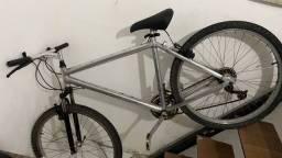Título do anúncio: Bike Caloi aro 26 de alumínio