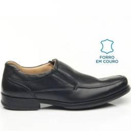 Sapato Pegada casual/social (38) em couro com forração interna