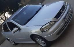 Astra Sedan millenium 2001