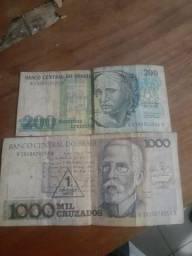 Duas células de dinheiro