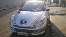 Peugeot 207 1.4 XR 2013 completo