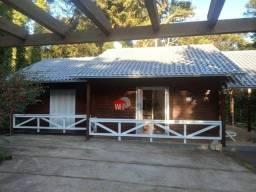 Casa na Serra Gaúcha com 3 dormitórios à venda, 98 m² por R$ 430.000 - Vila São Bernardo -