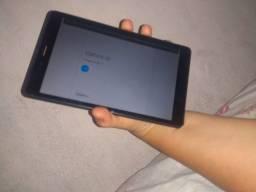 Título do anúncio: Vendo 1 um tablet