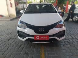 Etios Sedan X Plus AT 2019 com 17 mil km