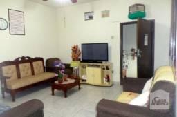 Casa à venda com 3 dormitórios em Alto caiçaras, Belo horizonte cod:208750