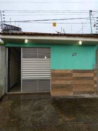 Vendo uma casa no bairro Pirapora/Castanhal
