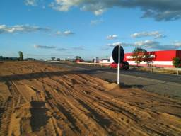 Terreno na BR 116 no Centro Industrial na Promoção