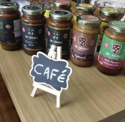 Cafe em creme apenas 27 calorias por colher!