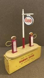 Brinquedo Vintage Dinky Toys 781 - Estação de combustível Esso