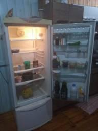 Vendo Refrigerador Brastemp 360 litros branco