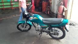 Vendo ou troco em carro moto Honda 125 . 99 - 1999