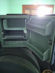 Geladeira para caminhão marca resfriar