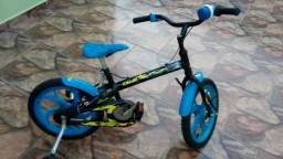 Bicicleta menino azul