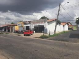 Casa para Venda em Teresina, ITARARÉ, 3 dormitórios, 2 suítes, 1 banheiro, 3 vagas