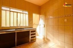 Casa Residencial para aluguel, 3 quartos, 1 vaga, Interlagos - Divinópolis/MG