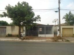 Casa para alugar com 3 dormitórios cod:CR644