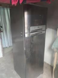 Geladeira Electrolux df48x Frost Free