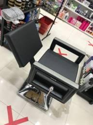 Cadeira para salão e barbeiro nova