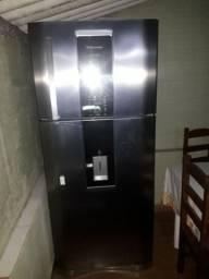 Geladeira Electrolux duplex